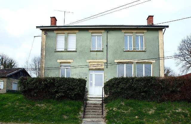 Fontaine-en-Dormois (51) La Mairie