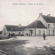 Fours (Nièvre) La Poste CPA