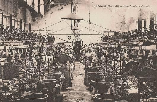 Ganges (Hérault) La filature de soie CPA