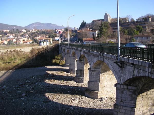 Ganges (Hérault) Le pont neuf