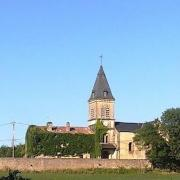 Gissac (Aveyron) Eglise Saint Etienne