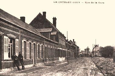 Gouy (Aisne) CPA rue de la gare