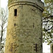 Haucourt en cambresis 59 la tour du chateau