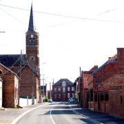 Haucourt en cambresis 59 la mairie et l eglise