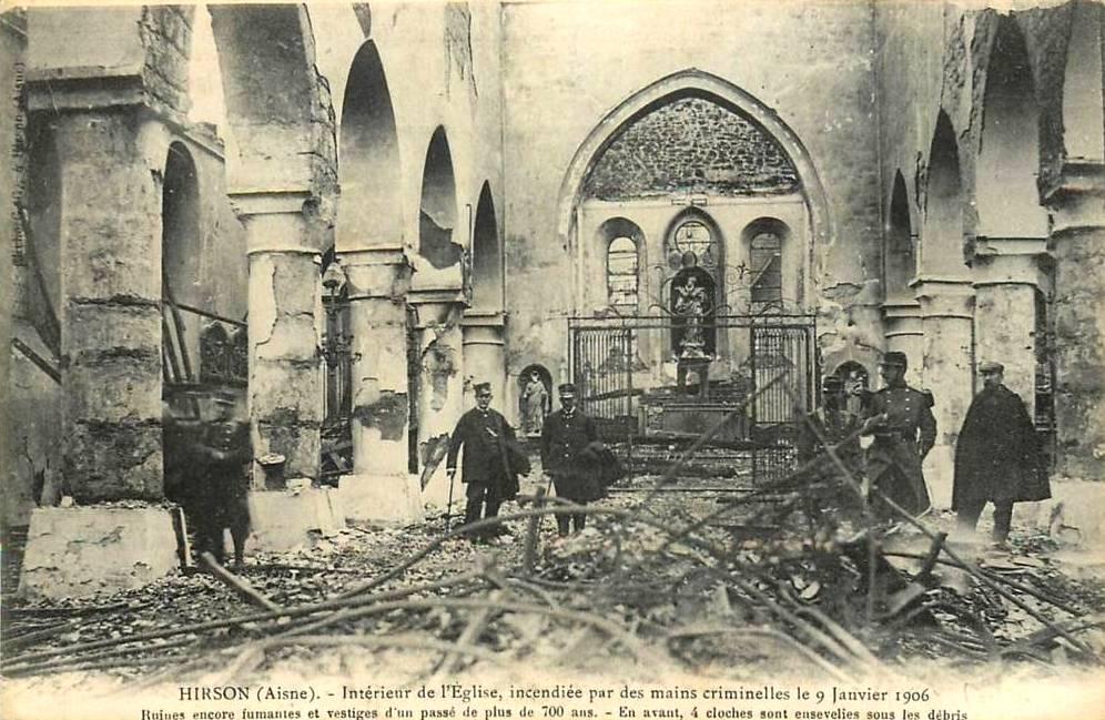 Hirson (Aisne) CPA l'église incendiée en 1906