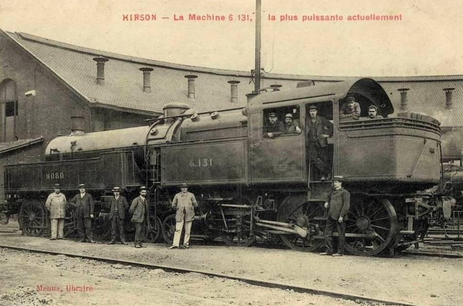 Hirson (Aisne) CPA la gare, une loco
