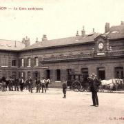 Hirson (Aisne) CPA la gare en 1945