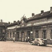 Hirson (Aisne) CPA la gare en 1947