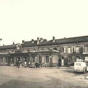 Hirson (Aisne) CPA la gare