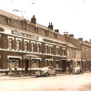 Hirson (Aisne) CPA l'hôtel de la Gare en 1952