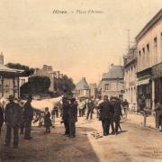 Hirson (Aisne) CPA la Place d'armes marché aux bestiaux