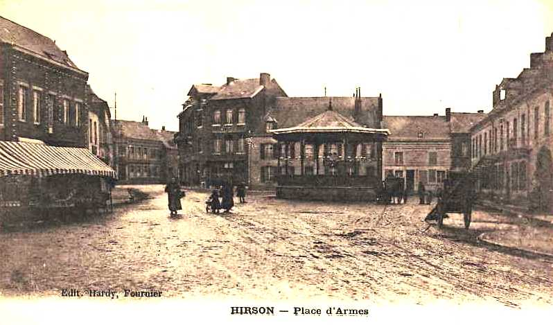 Hirson (Aisne) CPA la Place d'armes