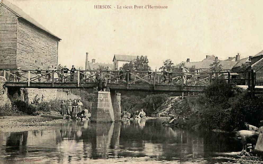 Hirson (Aisne) CPA le pont d'Hermisson