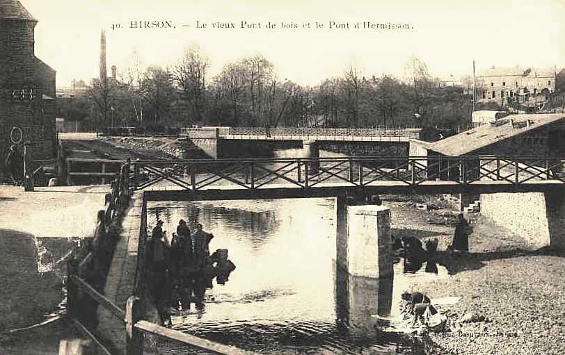 Hirson (Aisne) CPA le pont de bois et le pont Hermisson