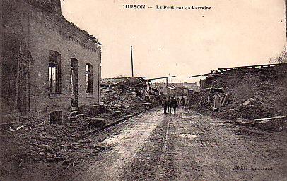 Hirson (Aisne) CPA le viaduc et la rue de Lorraine en 1914