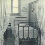 Hirson (Aisne) chambre de jeune fille à l'internat