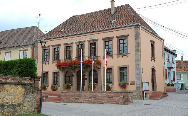 Hochfelden 67 l hotel de ville