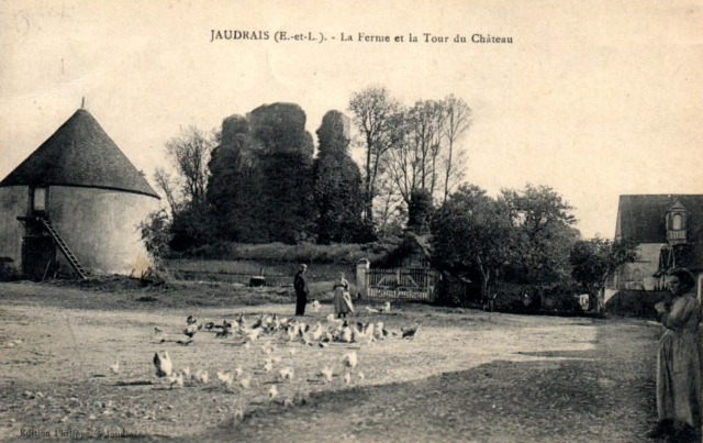 Jaudrais (28) La tour du château CPA