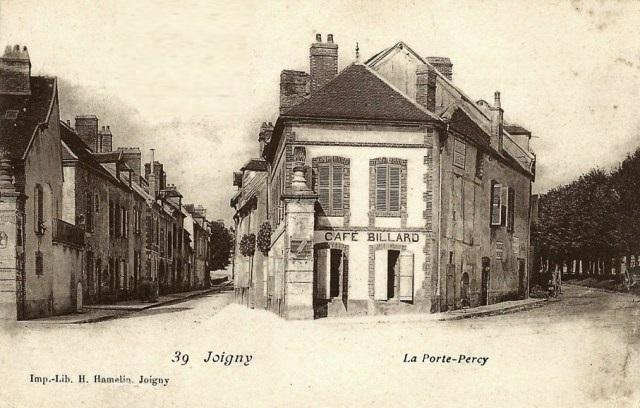 Joigny (89) La porte Percy CPA