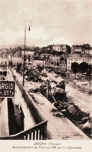 Joigny (89) Le pont bombardé en 1940 CPA