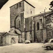 Joncels (Hérault) L'église et la place du Pradel CPA