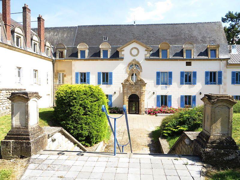 Juvigny-sur-Loison (Meuse) L'ancien pensionnat