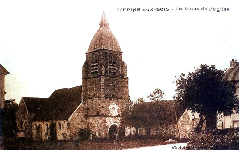 L'Epine-aux-Bois (Aisne) CPA Eglise Saint-Cyr et Sainte-Juliette