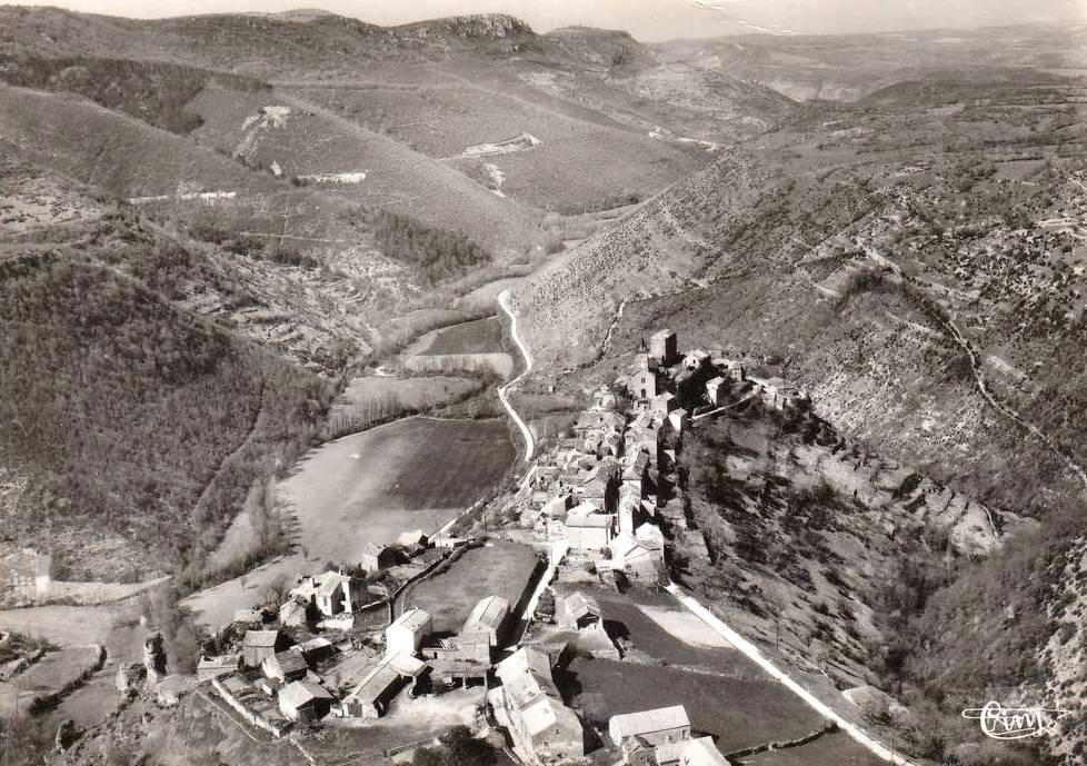 La Bastide-Pradines (Aveyron) CPA Vue générale