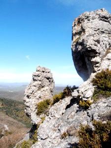 La Bastide-Pradines (Aveyron) Le rocher du lion