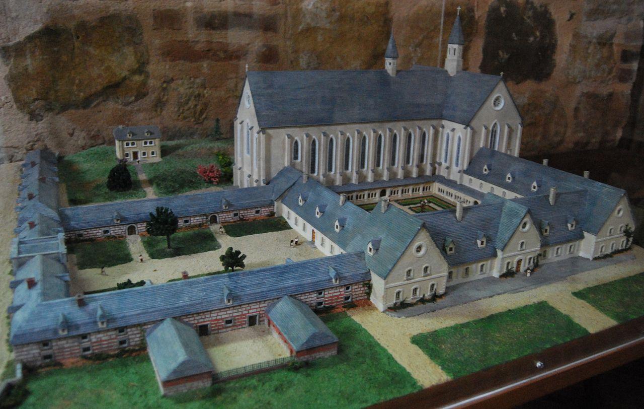 Maquette de l'ancienne Abbaye de Foigny à La Bouteille où il est inhumé