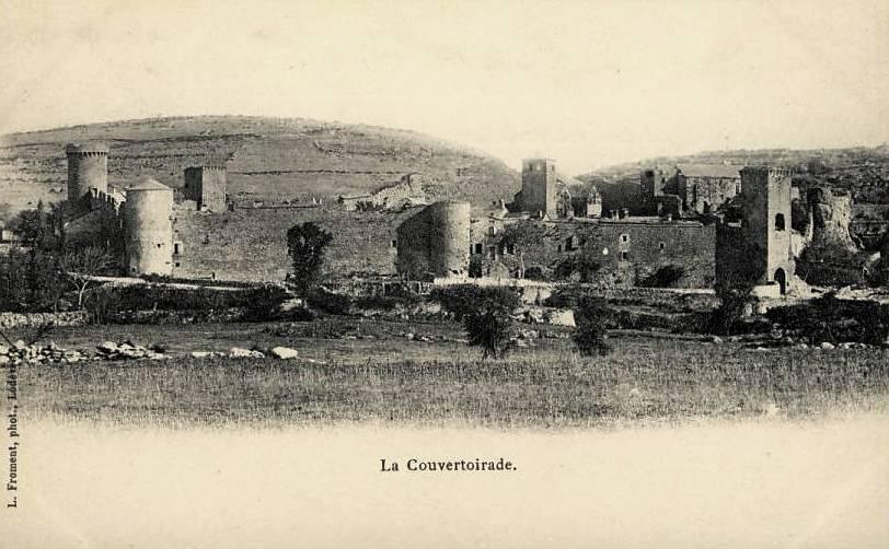La Couvertoirade (Aveyron) CPA Vue générale