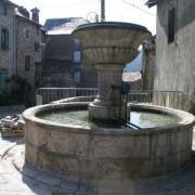 La Couvertoirade (Aveyron) La fontaine