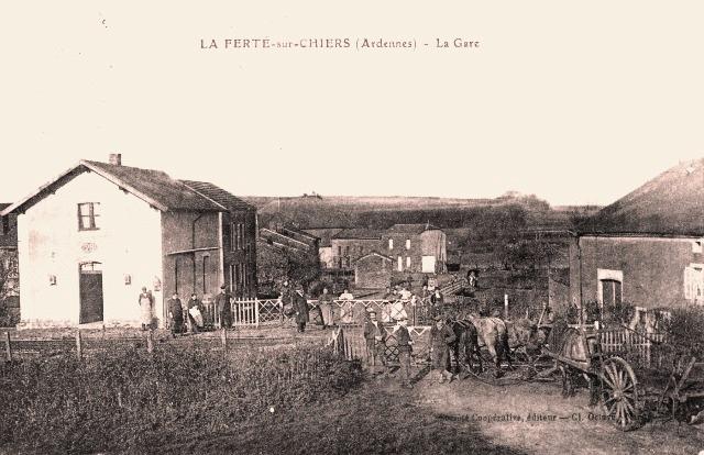 La Ferté-sur-Chiers (08) Gare CPA