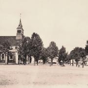 La garenne colombes 92 l eglise saint urbain et le marche a droite cpa