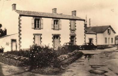 Le Perrier (Vendée) Mairie CPA