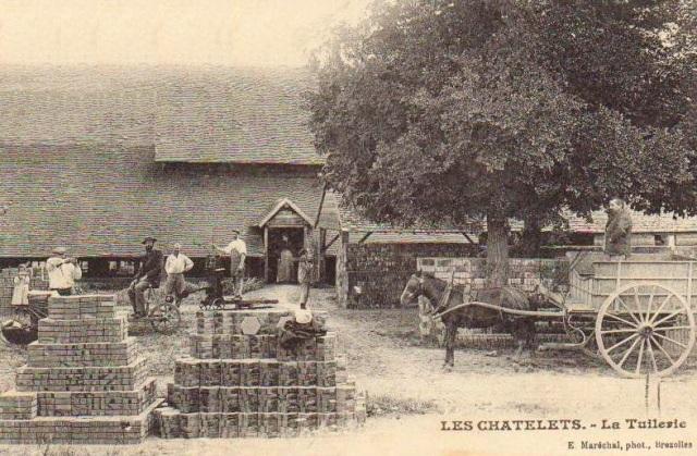 Les Châtelets (28) La Tuilerie CPA
