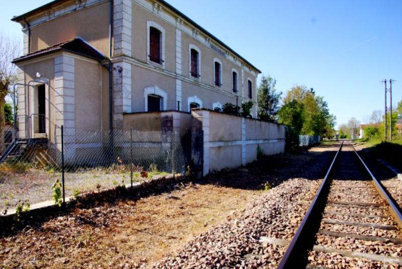 Limanton (Nièvre) Panneçot, la gare