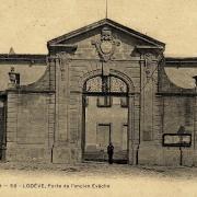 Lodève (Hérault) L'ancien évêché CPA