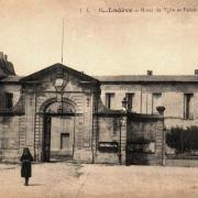 Lodève (Hérault) L'Hôtel de ville et Palais de Justice CPA