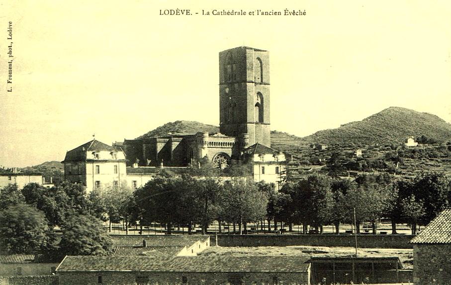 Lodève (Hérault) La cathédrale et l'ancien évêché