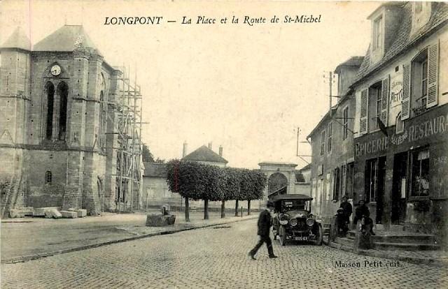 Longpont sur orge essonne la place et la rue saint michel cpa