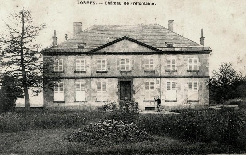 Lormes (Nièvre) Fraifontaine, Le château CPA
