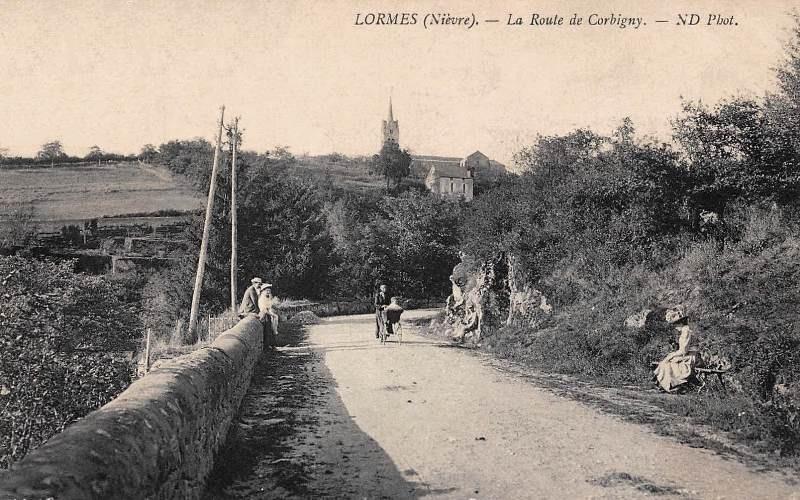 Lormes (Nièvre) La route de Corbigny CPA