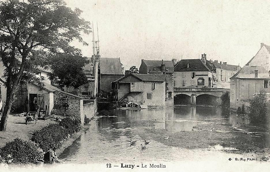 Luzy (Nièvre) L'Alène le moulin CPA