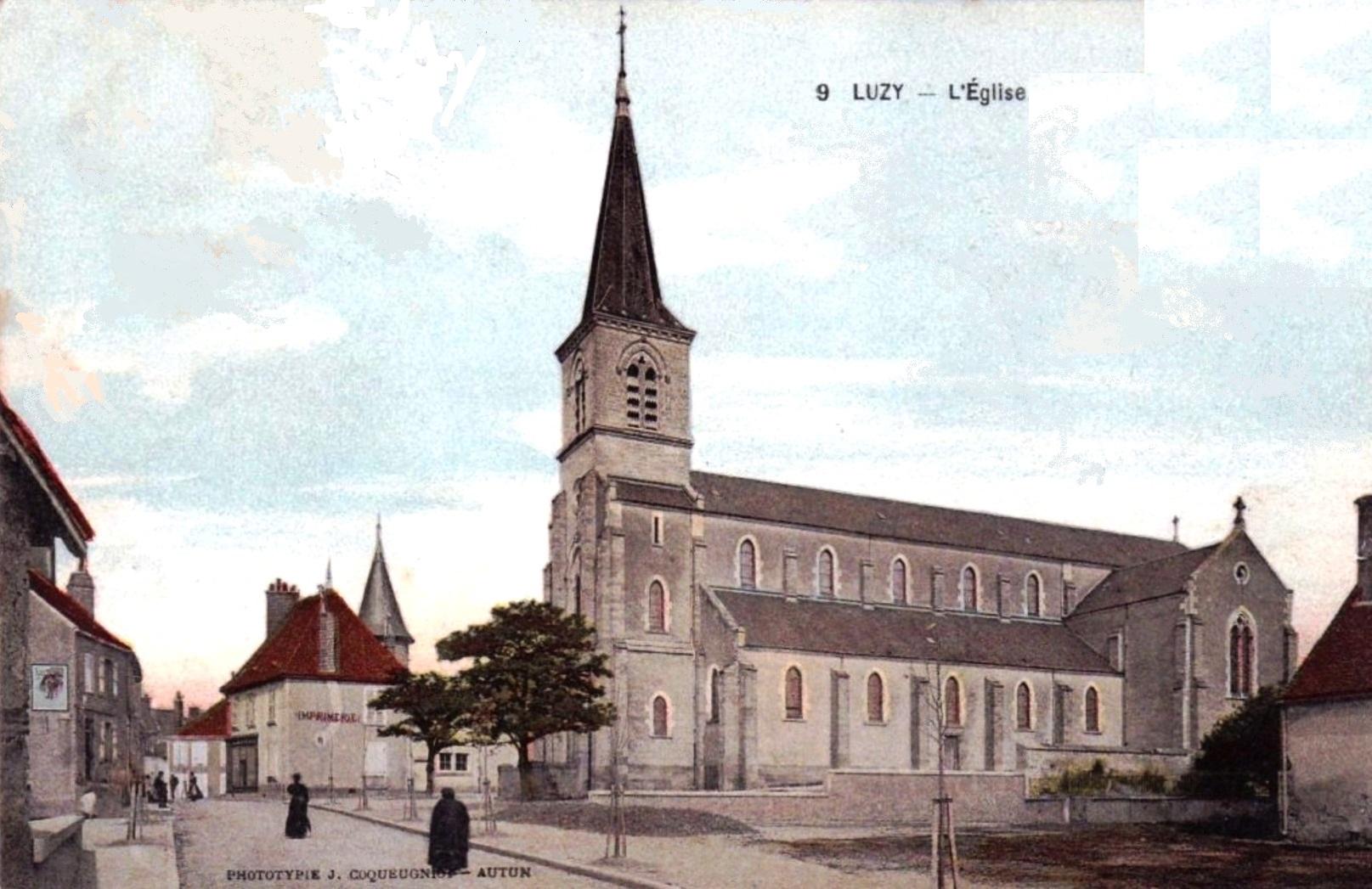 Luzy (Nièvre) L'église Saint Pierre CPA