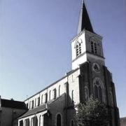 Luzy (Nièvre) L'église St Pierre