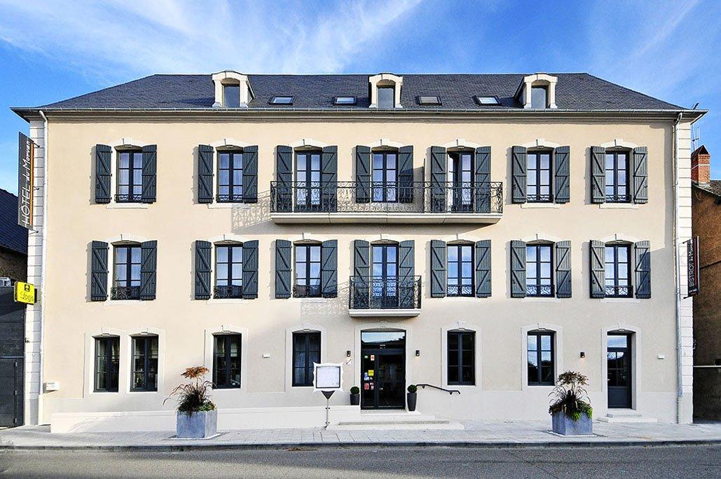 Luzy (Nièvre) L'Hôtel du Morvan