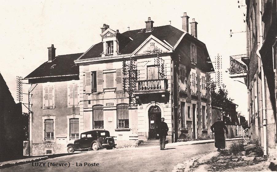 Luzy (Nièvre) La Poste CPA