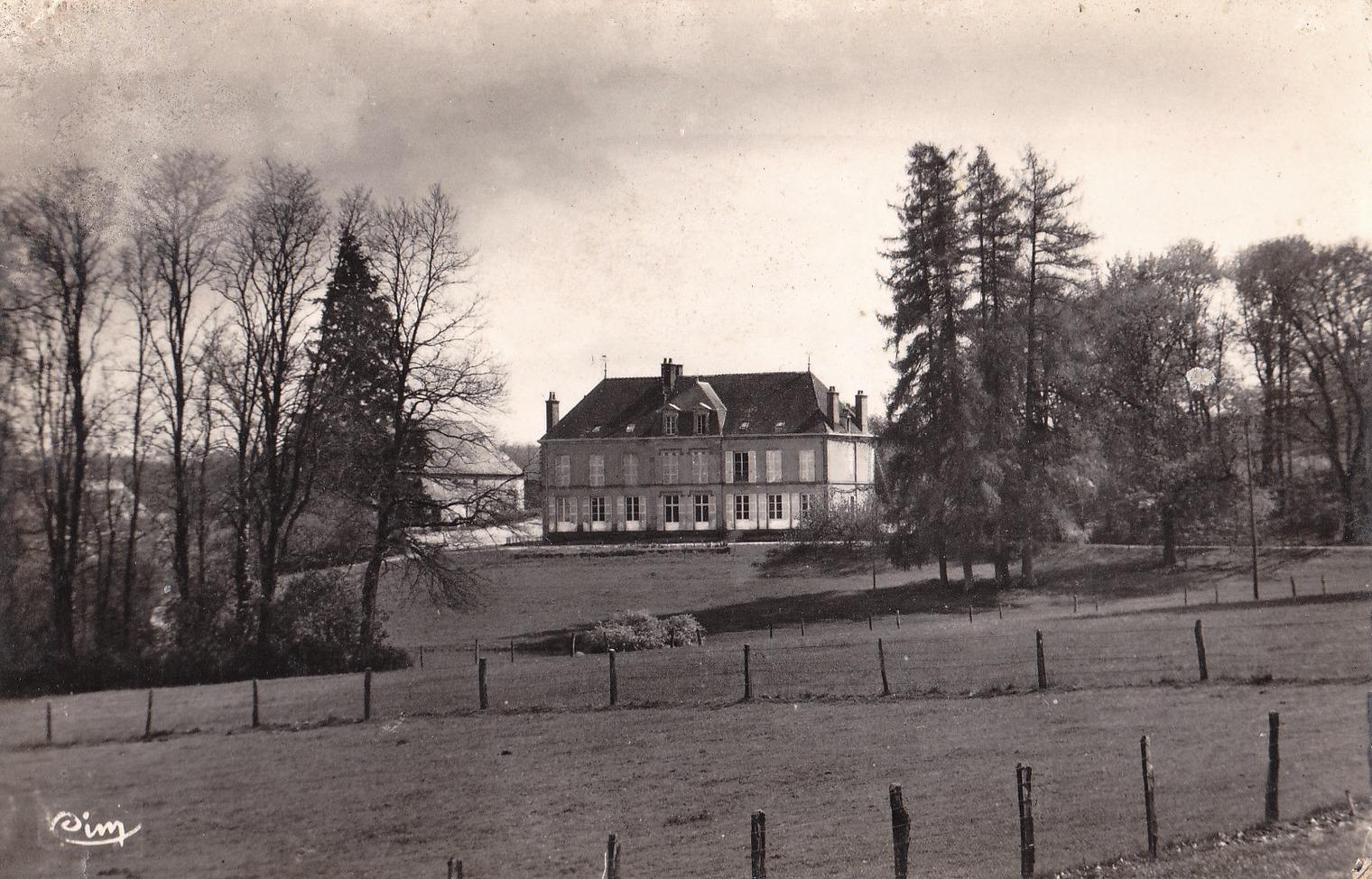 Luzy (Nièvre) Le château de Saint-André CPA