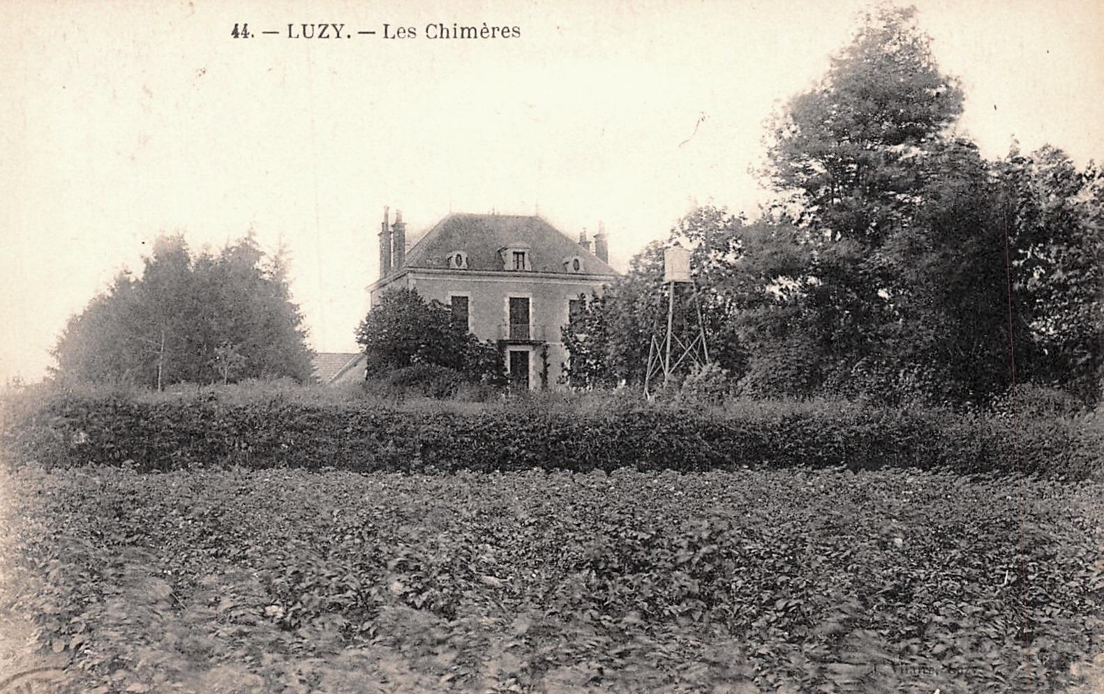 Luzy (Nièvre) Les Chimères CPA